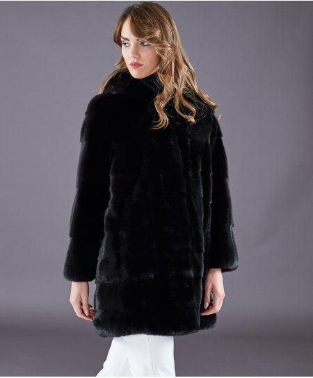 Mink fur coat with hood and long sleeve • black colour